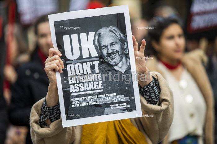 March for Julian Assange against his extradition to... - Jess Hurd, jj2002099.jpg