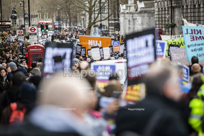March for Julian Assange against his extradition to America, London. NUJ banner - Jess Hurd - 2020-02-22