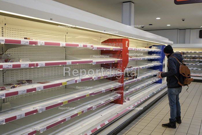 Coronavirus empty shelves after panic buying, Sainsburys supermarket, Putney, London - Duncan Phillips - 2020-03-19