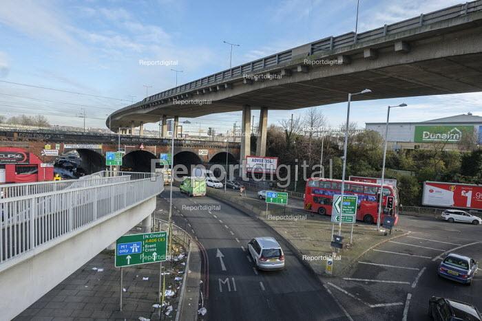 North Circular Road flyover, Brent Cross, London - Philip Wolmuth - 2019-12-03