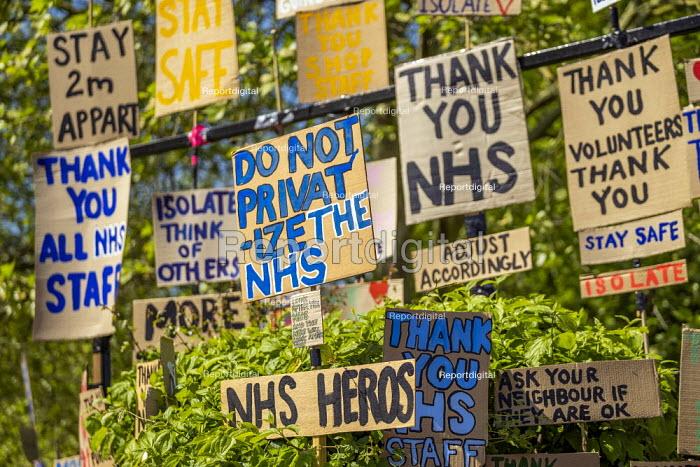 Coronavirus Pandemic. Tributes to essential workers, Roman Road, Tower Hamlets, East London - Jess Hurd - 2020-04-23