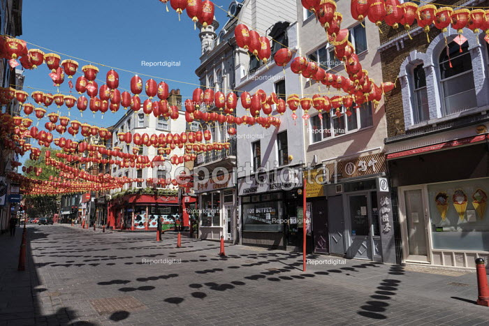 Coronavirus Pandemic. Empty Streets and closed shops, China Town, London - Duncan Phillips - 2020-04-22