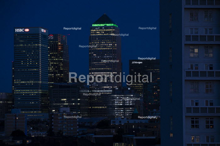 Grenfell fire 3nd anniversary, 1 Canada Square, Canary Wharf Goes Green for Grenfell, Docklands, East London. - Jess Hurd - 2020-06-14