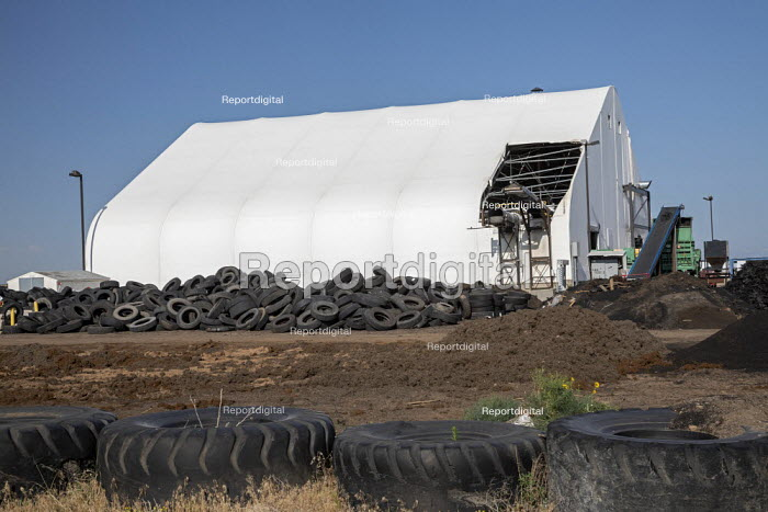 Colorado, USA. Piles of stored tires, CH2E Tire Recycling Facility northeast of Denver. The waste tires are recycled into a variety of end user materials including tire derived fuel, tire derived aggregate and many sizes of crumb rubber - Jim West - 2020-07-03