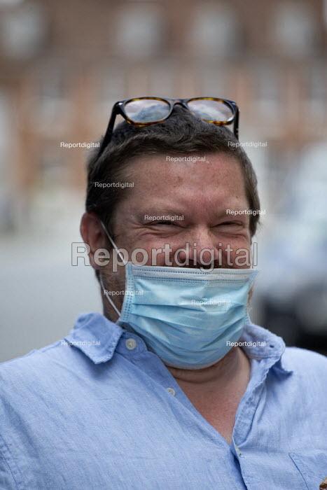 Mask up Friday, Shoppers wearing masks in the street, Stratford Upon Avon. Jamie - John Harris - 2020-07-24