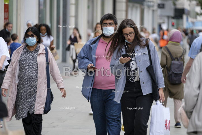 Shoppers, Oxford Street, London. Easing of Covid-19 lockdown restrictions. - Philip Wolmuth - 2020-08-18