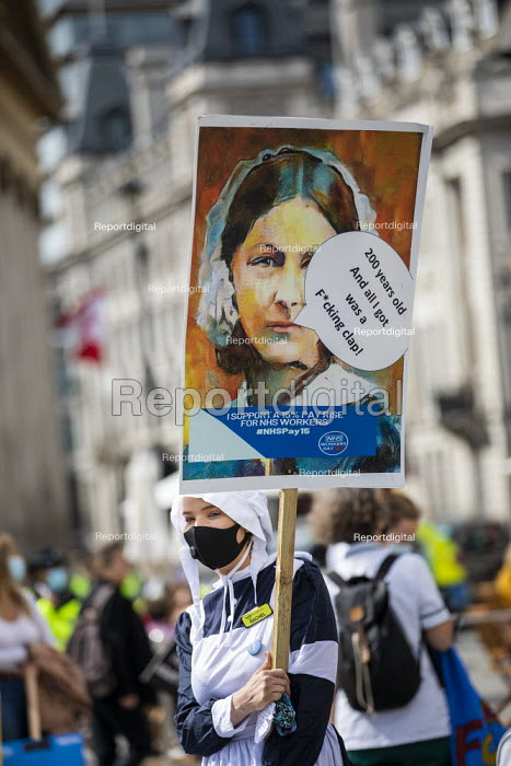 NHS workers protest for a pay rise, Trafalgar Square, London. Florence Nightingale - Jess Hurd - 2020-09-12