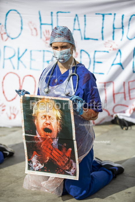 NHS workers protest for a pay rise, Trafalgar Square, London. Boris Johnson with blood on his hands placard - Jess Hurd - 2020-09-12
