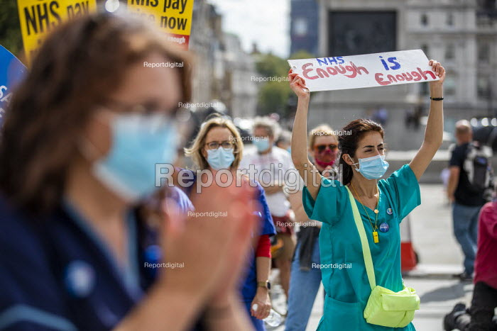 NHS workers protest for a pay rise, Trafalgar Square, London - Jess Hurd - 2020-09-12