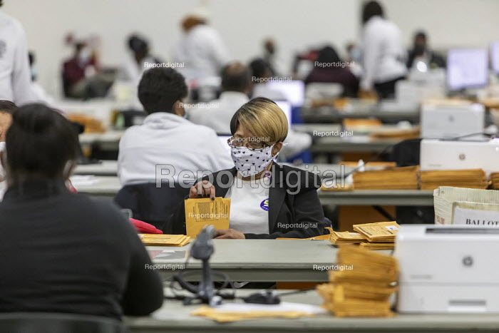 Detroit, USA-Absentee ballots, Presidential Election. Workers for the Detroit Department of Elections pre-process absentee ballots to prepare them for counting on election day. - Jim West - 2020-11-02