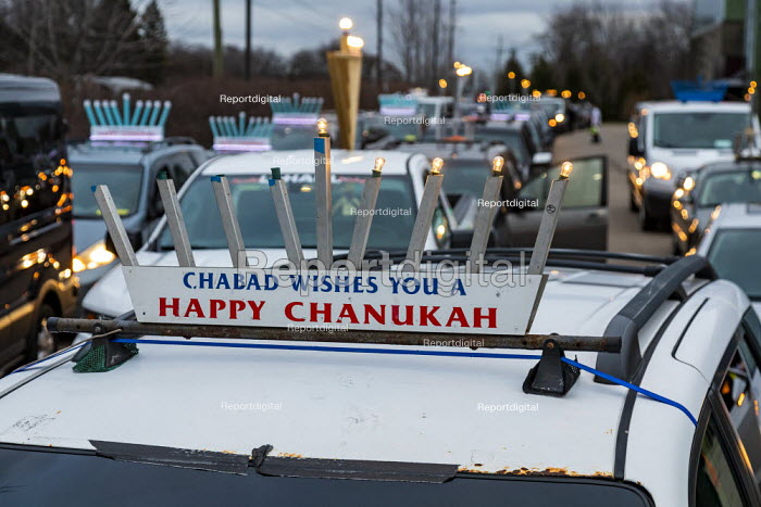 Michigan, USA. Car Top Menorah Parade, fourth night of Hanuk, Jim West - JW2012E09.jpg
