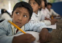 Children in a lesson at school, Bolivia. - Boris Heger - 10-03-2010