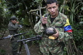 FARC guerilla eat in the field. - Boris Heger - 25-06-2010