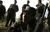 Members of the FARC guerilla taking part to a political discussion - Boris Heger - 26-06-2010