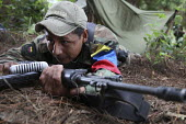 Members of the FARC guerilla during an exercise. - Boris Heger - 26-06-2010