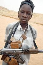 A child soldier from the JEM rebel movement, near Durum, Darfur region, Sudan, May 2006. - Boris Heger - 12-05-2006