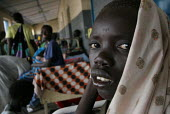 A child waits for being attended, Juba Teaching Hospital, South Sudan, May 2006. - Boris Heger - 23-05-2006