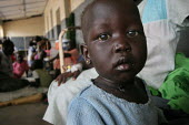 A boy waits for being attended, Juba Teaching Hospital, South Sudan, May 2006. - Boris Heger - 25-05-2006