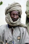 A Chadian army soldier in Adre, Eastern Chad, right on the border with the Darfur region of Sudan. October 2005. Adre is known to be a very unstable and unsafe place as it was attacked many times by D... - Boris Heger - 2000s,2005,Armed Forces,army,border,Chad,Chadian,conflict,conflicts,janjaweed,military,PEOPLE,region,rural,SERVICE,SERVICES,Social Issues,soi,soldier,soldiers,Sudanese,UCW