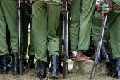 Special forces policemen line up during an exercise, Nairobi, Kenya, January 2004. - Boris Heger - 16-01-2004
