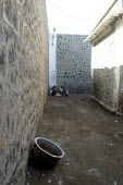 Detainees in their daily context. Central prison, Djibouti, December 2003. - Boris Heger - 15-12-2003