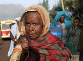 Woman in the street, Dessie, South Wollo region, Ethiopia, August 2005. - Boris Heger - 08-09-2006