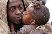 Mother and son in a village, South Wollo region, Ethiopia, August 2005. - Boris Heger - 08-09-2006