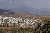The city of Harar lies in the middle of the last mountains before the flat somali part of Ethiopia, February 2006. - Boris Heger - 02-02-2006