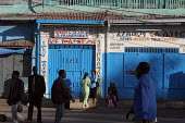 A scene in the streets of the coloured city of Harar, Ethiopia, February 2006. - Boris Heger - 05-02-2006