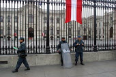 Police infront of the Presidential Palace, Lima, Peru, September 2004 - Boris Heger - 29-08-2004