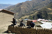 Self defence forces set up by local villagers meant to ensure order and protect from intruders, thieves and guellia groups in Toccasquesera, in the region of Ayacucho, Peru, September 2004. This area... - Boris Heger - 29-08-2004