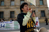 Marteny Orjuela Manjarres, President of the association ASFAMIPAZ (the organisation of relatives of the military and policemen held hostage by the FARC group) speaking at a protest in Plaza Bolivar, t... - Boris Heger - 20-02-2007
