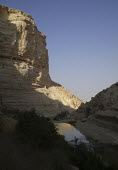 A view of the Zin river canyon, Ein Avdat National Park, Negev desert, Israel, October 2007. - Boris Heger - 19-10-2007