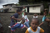 Children playing in a village, near Nuqui. Choco, Colombia. - Boris Heger - 11-08-2011