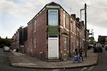 Housing in Kimberworth, an Asian area. Kimberworth, Rotherham, South Yorkshire. - Connor Matheson - 28-08-2014