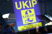 UKIP MEP Godfrey Bloom campaigning for the European elections in East Yorkshire. - Christopher Thomond - 02-06-2009