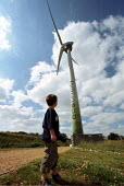Family in front of electricity generating Wind turbine Ecotech Swaffham Norfolk - Duncan Phillips - 09-10-2002