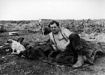 Gypsy camp Cresswell, Northumberland - David Mansell - 10-08-1977