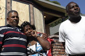 A family were evicted from their Oakland house after First Franklin Mortgage Services, owned by Merrill Lynch and Bank of America, foreclosed on the home. Community activists in the Home Defenders cam... - David Bacon - 20-07-2009