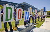 MOUNTAIN VIEW California: Google Don't Be Evil, Security guards, members of the SEIU, and supporters from the Netroots Nation convention in San Jose demonstrate at Google Corp., protesting against the... - David Bacon - 06-06-2013