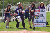 California - Security guards, members of the SEIU and their supporters protesting at Google Corp. during its annual shareholders meeting, the company uses a Non-Union Contractor contractor, SIS, that... - David Bacon - 14-05-2014