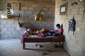 Mexico, Baja California Norte, children of farm workers in their accommodation at Rancho Los Pinos. The workers in Los Pinos are almost all indigenous Mixtec and Triqui migrants from Oaxaca, in southe... - David Bacon - 05-06-2015
