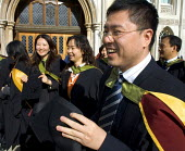 University graduation celebration, Guildhall, London - Duncan Phillips - mortarboard,2000s,2006,CELEBRATE,celebrating,celebration,CELEBRATIONS,chinese,cities,city,degree,edu education,education,EMOTION,EMOTIONAL,EMOTIONS,foreign,foreigner,foreigners,graduate,graduates,GRAD