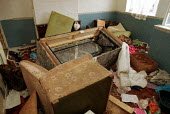 A flat which had been squatted and used as a drugs den. London - Duncan Phillips - 15-08-2001