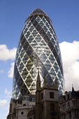 The Gherkin, skyscraper in the city of London financial district. - Duncan Phillips - 2000s,2008,30,ACE,architecture,arts,axe,bank,BANKS,building,buildings,cities,city,culture,district,Dresdner Kleinwort,EBF Economy,economic,economy,finance,financial,Gherkin,insurance,London,mary,mile,