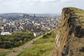Panoramic view overlooking Edinburgh from Arthur's Seat - Duncan Phillips - 10-04-2011