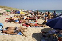 Sunbathing on the Beach, France - Duncan Phillips - 18-08-2009