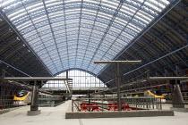 St Pancras international Station, London. - Duncan Phillips - 10-12-2007