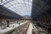 Construction workers at St Pancras international Station, London. - Duncan Phillips - 14-02-2007