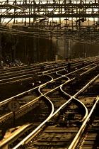 Train track in sunlight - Duncan Phillips - 18-01-2006